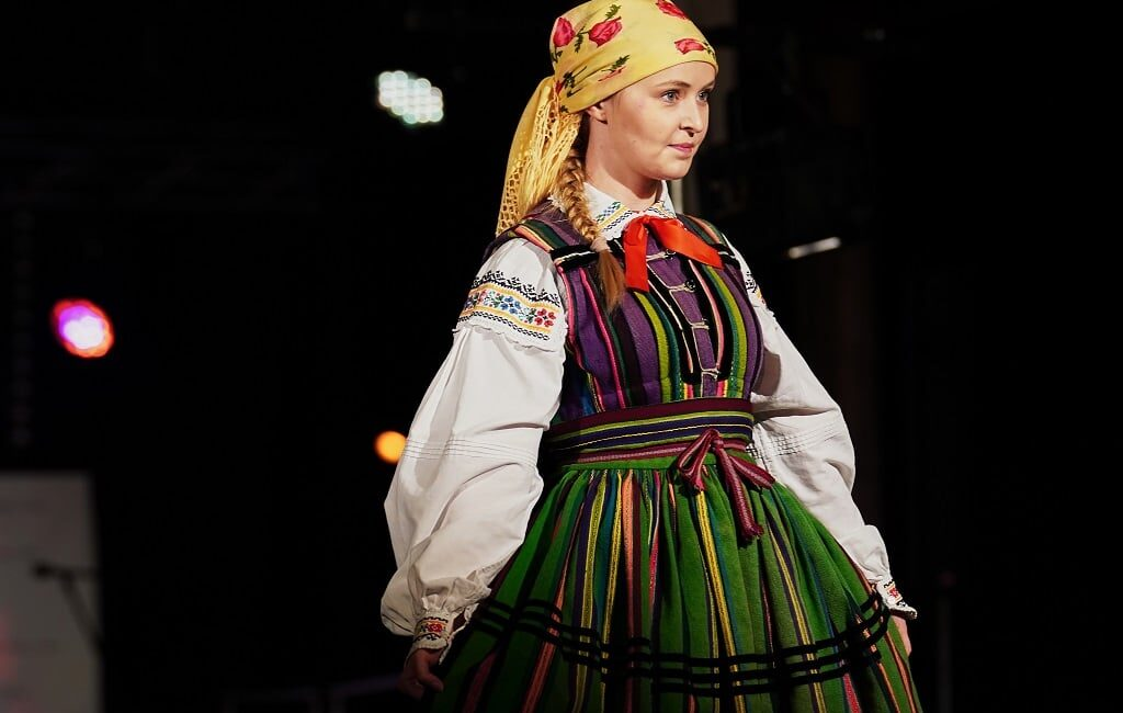 Folk Fashion Show 2021